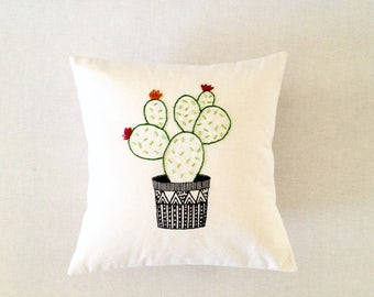 Hand embroidered cushion cover-30Cmx30Cm Pillow cover-Cactus hand painted pillow cover - Decorative cactus green & red - Modern home