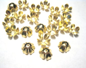 100pcs Gold Tone Flower Bead Caps 8x4mm