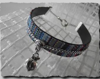 Weaving thread charm Cuff Bracelet Apple 20 cm or 21 cm closed blue
