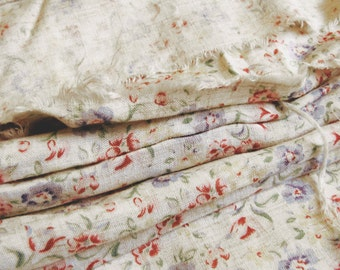 vintage cotton print fabric - 1940s floral material - pretty spring blossoms on ivory white - 2.5 metres