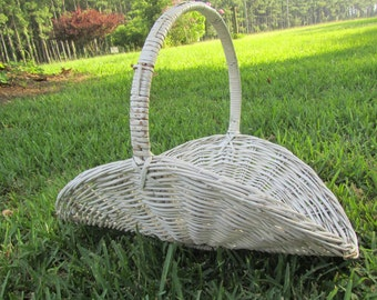 shabby chic decor, White Wicker Basket, Firewood Basket, flower basket, French farmhouse ,vintage wicker