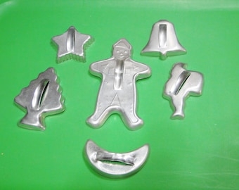 7 Vintage Cookie Cutters - 7 Aluminum Cookie Cutters - Very Nice Find!
