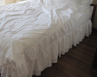 Washed cotton Ivory cream or White queen king Bedskirt - Bedding eyelet edge bed skirt -  dust ruffle scalloped edge - shabby chic bedding