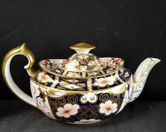 Royal Crown Derby 2451 Traditional Imari Teapot with lid Tea Pot