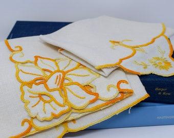 Set of Floral Vintage Linen Napkins Placemats (Set of 4 of each)