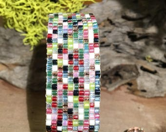 Rainbow Sands; Beadweaving; Bead Looming; Beaded Bracelet