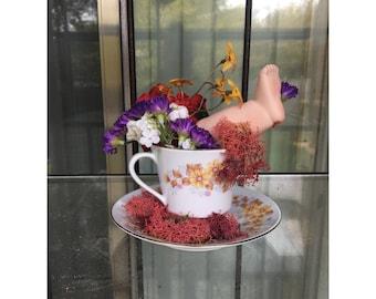 """Bad Art - """"Busted"""" Home Decor Floral Arrangement Tea Cup Porcelain Leg"""