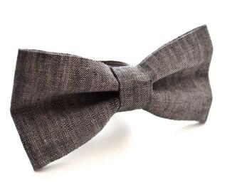 Bowtie in Black Linen, Bow Tie, Dark Gray Bow Tie, Rustic Wedding, Black Bow Tie, Groomsmen Bow Tie, Wedding Bowties