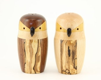Owl Salt and Pepper Shakers Set Wooden Wood Shaker Set - Woodturning Turning Woodturned Lathe Segmented Turned Turnings - Junction Trade