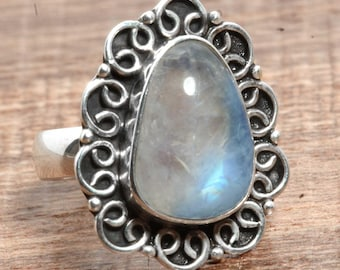 Natural Rainbow Moonstone Gemstone Handcrafted 925 Sterling Silver Ring US Ring Size 5 1/2