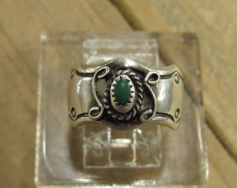 Vintage Sterling Silver Malachite Ring Size 5.25