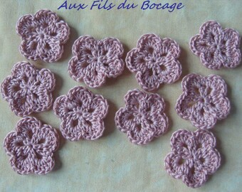 Crocheted pink set old cotton appliques flowers 10.