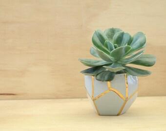 Indoor planter, Geometric pot, Succulent Plant Pot, Minimal planter, Cute planter, Cactus Planter,Gift for her,Ceramic planter,Ceramic Vase