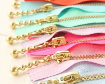 20cm--Gold Color brass zipper, 20 colors for choice, nylon lace 20cm length (8 inches), 5 units in a set (T280new-Gold)