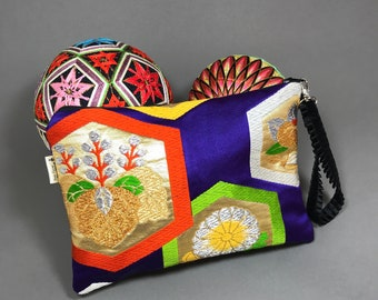 Purple Silk Obi Bag with Wristlet, Clutch bag, Upcycled from Vintage Japanese Obi. Gift for her, wedding, Wristlet purse