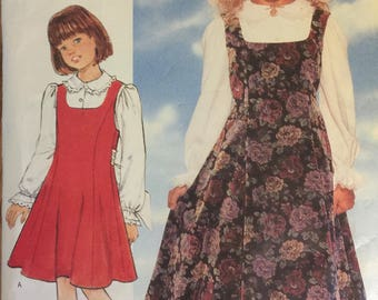VTG 4272 Butterick (1995). Fast & Easy.  Girl's jumper and blouse.  Size 7-8-10.  Complete, unused, FF. Excellent condition.