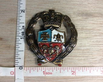 Vintage Crest Style Pin Brooch Some Corrosion Used