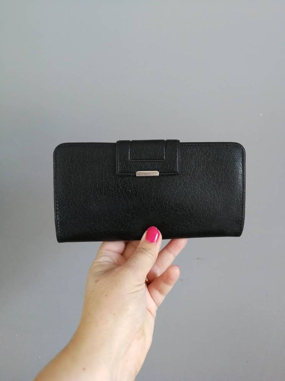 70s black faux leather wallet / black 70s purse / 1970s coin purse / fold over coin purse / 70s black wallet purse