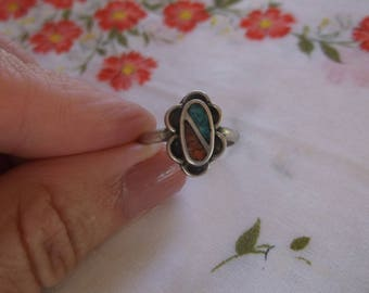 Vintage Sterling Silver Turquoise and Coral Ring, Native American Southwestern Ring Size 8, Pretty Blue Green Turquoise and Red Coral Chips