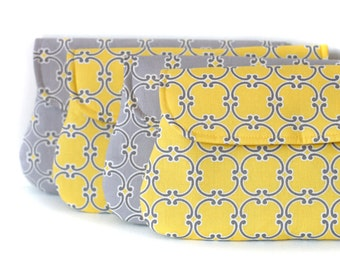 set of 4 - yellow and grey bridesmaid clutch, wedding clutch, bridesmaid gift, Medalions in yellow and gray