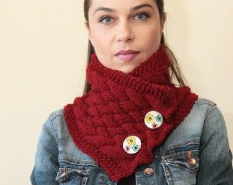 MARSALA Hand KNIT SCARF by Solandia, Neck Warmer floral buttons Women fashion, Christmas Gift