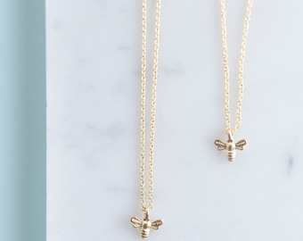 Momma and Me Bee Necklace Set