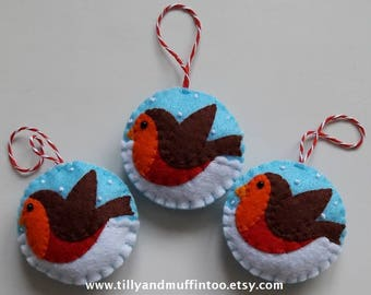 Felt Robin Christmas Decoration/Ornament/Bauble.Snowy Robin.Kawaii Robin. Felt Robin Decoration/Ornament/Bauble.Robin Redbreast.Felt Bird.