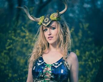 Deer Antler Headpiece, Deer Horn Headdress, Deer Antler Headband, Faun Headdress, Satyr Headpiece, Cosplay, Burning man Hat, Horn Headpiece