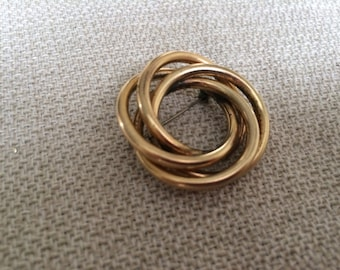 Signed Regel 1/20 12Kt Gold Filled Brooch from the 1950's