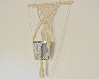 Hanging vase macramé