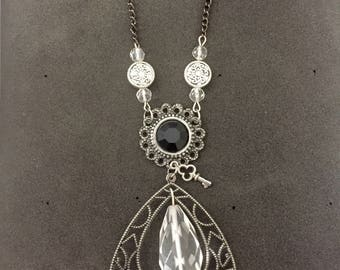 vintage victorian style drop necklace
