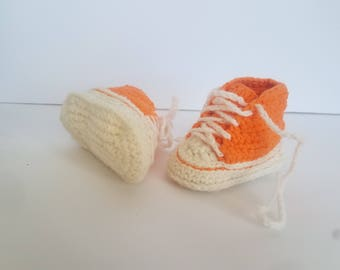 Baby shower, baby boy, Baby booties, converse booties, chucks, crochet chuck Taylor's, gender neutral, cute baby booties