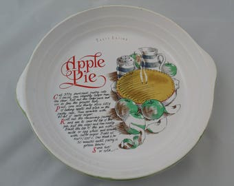 Vintage Quiche / Pie Dish from Rayware with Recipe for Apple Pie