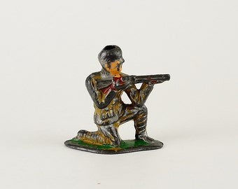 Vintage Barclay Manoil Toy Lead Soldier