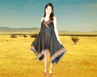 Tribal Southwestern Halter Dress// Large// Bohemian Sundress// emmevielle