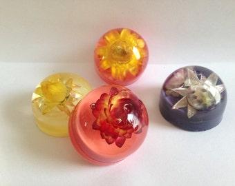 Flower paperweights