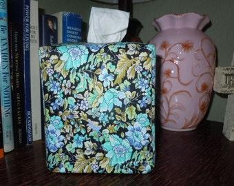 """Ready To Ship - """"Clematis Garden """" -  Tissue Box Cover"""