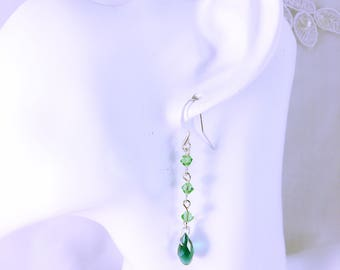Wedding Choker Banas earrings / dangle earrings peridot color