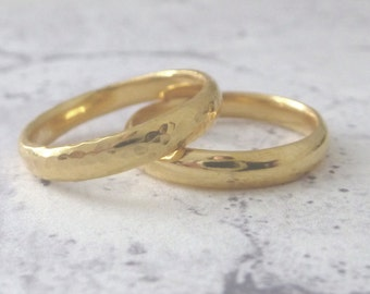 18ct Gold Wedding Band - 3mm - Hand Shaped Slim Court Wedding Ring - Slight Court - Blended Court - 18ct Yellow Gold Wedding Band