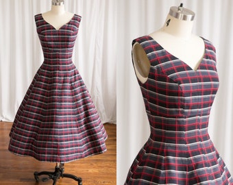 Maker's Mark dress | vintage 50s dress | red / grey plaid 1950s dress | sleeveless plaid cotton 50s dress | 1950s cotton fit & flare dress