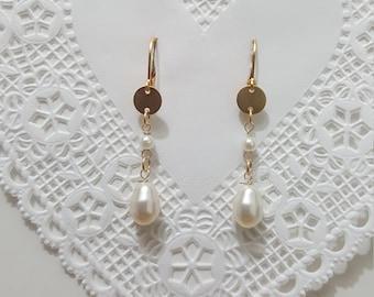 FREE SHIPPING. Dainty earring. Dangle earring. Swarovsky pearl. Long earring. Gold pearl earring.Bridal pearl earring. Mothers day gift.