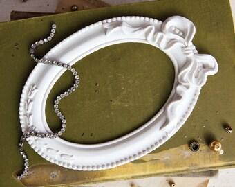 Resin Frame- Papillon Blanc