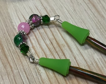 Beaded Point Protector Stitch Holder- Pink & Green Knitting Needle Jewelry Gift