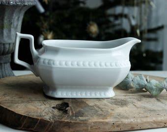 Vintage white gravy boot, gravy boot, pure white gravy boat. sauce boat, porcelain gravy boat, farmhouse, shabby chic, rustic home decor