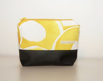 makeup pouch, make-up pouch, cosmetic pouch, makeup bag, make-up bag, make-up pouch