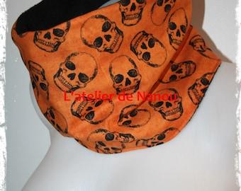 snood - adult reversible tube scarf / teen mixed skulls