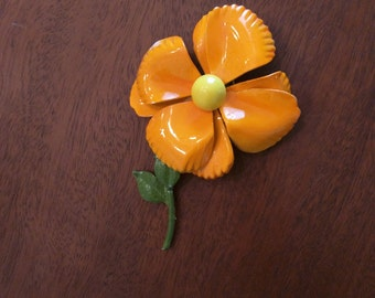 Flower power painted metal pin