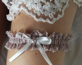 Bridal garter, wedding pastel mauve garter, made to measure