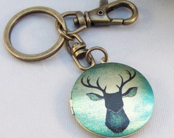 STag,Stag Locket,Stag Keychain,Deer Locket,Deer Key chain,Keychain,Men,Groosmen,Groom,Father,Dad,Wedding,Gift.GreenLocket valleygirldesigns.