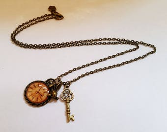 Who the F*** is Alice - Gothic Steampunk Alice in Wonderland pocket watch rabbit key charm pendant necklace Israel Hand made
